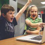 Sve mlađi počinju da koriste digitalne tehnologije