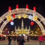 Beč: Sve spremno za tradicionalne božićne vašare