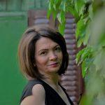 Snežana Ćosić: Azurno plava