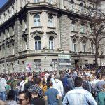 Protest ispred Predsedništva: Opozicija zove Vučića na razgovor sa građanima (VIDEO)