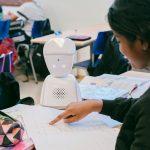 Beč: Robot zamenio bolesno dete u školi