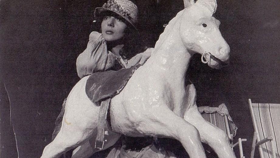 Gordana Kosanović kao Lenka Dunđerski