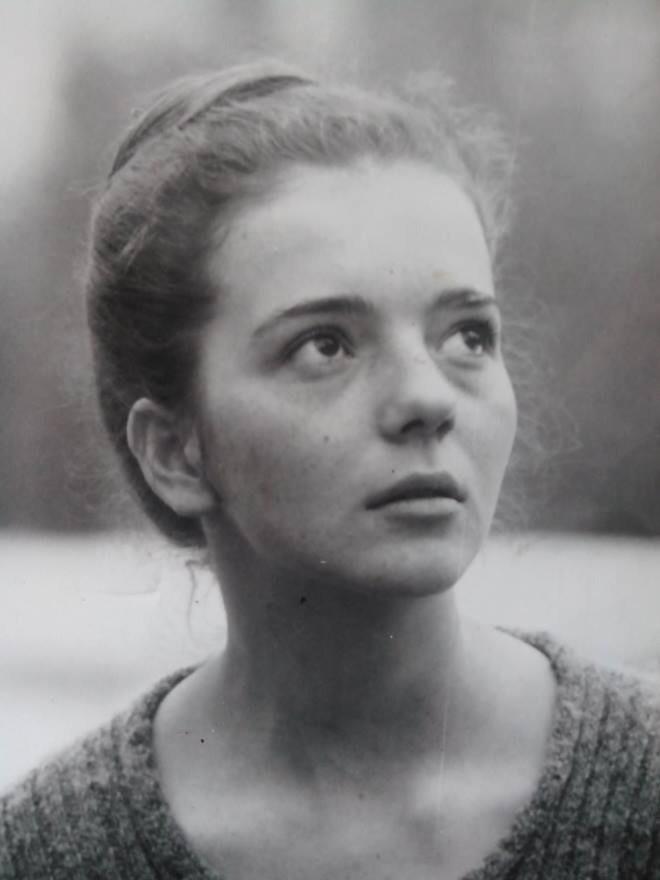 Gordana-Kosanovic-na-svoj-rodjenda-1975.jpg