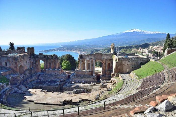 mediasfera-sicilija-grcko-pozoriste-etna-3jpg