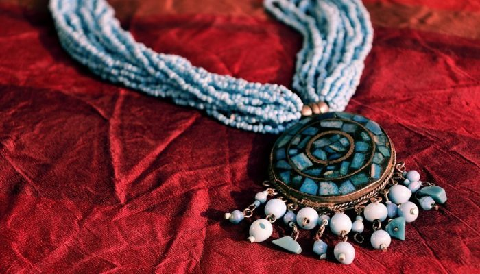 mediasfera-amuleti-simboli-nakit1.jpg