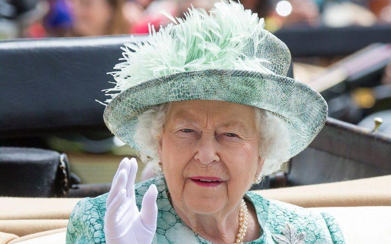 mediasfera-perje-sesir-kraljica-elizabeta.jpeg