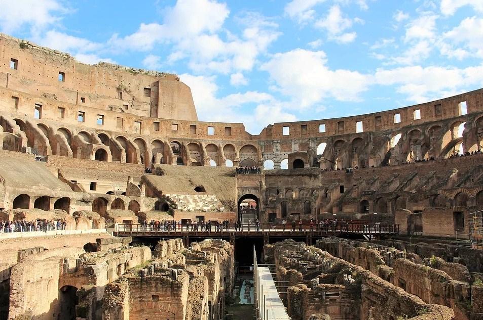 Rim-Kolosum-posetioci.jpg