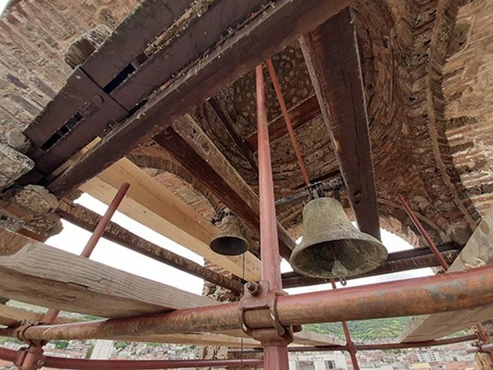 bogorodica-ljeviska-zvono-konzervacija.jpg