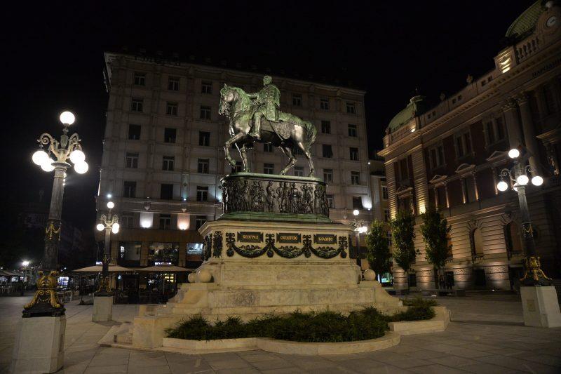 -spomenik-knezu-mihailu-foto-caslav-vukojicic-8.jpg