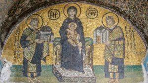 Aja-Sofija-mozaik-Majka-Bozija-car-Konstantin-car-i-Justinijan