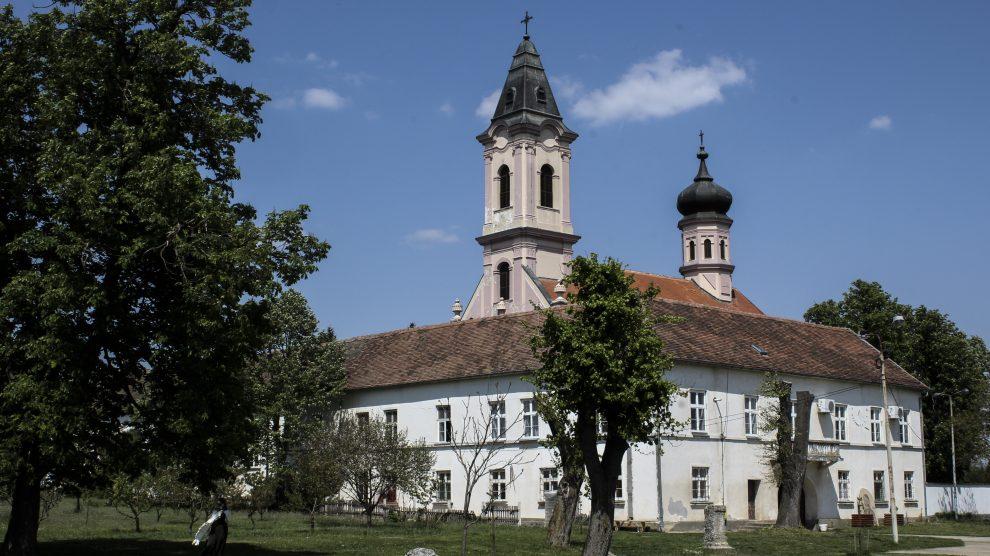 Manastir Fenek-1jpg