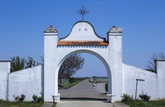 Manastir-Fenek-6jpg