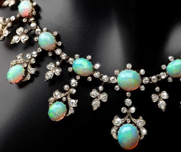 Viktorijanska-ogrlica-opal-i-dijamti-2jpg