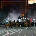 demonstracije-milicija-konjica.jpg