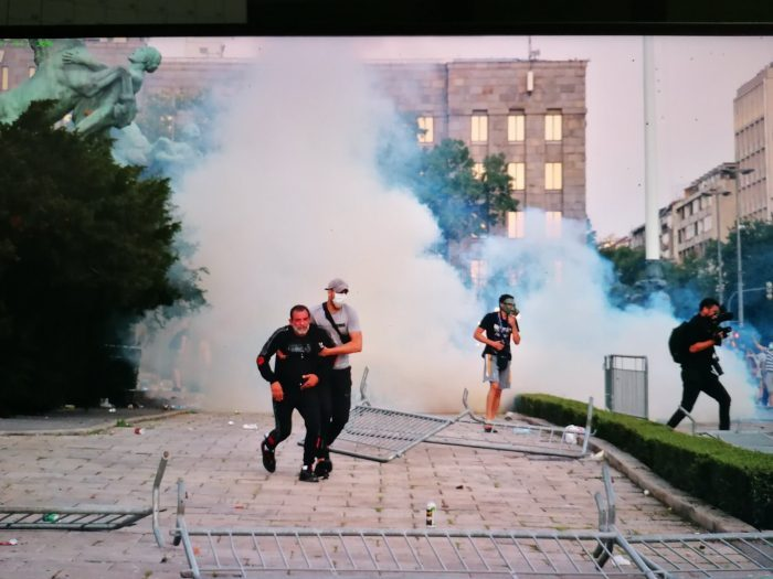 protesti-skupština-demonstranti--foto-slobodan-cavic6.jpg