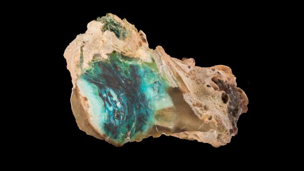 Opal-mineral