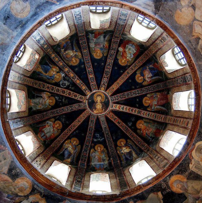 Hora-Crkva-Hista-Spasitelja-freske-u-kupoli-paraklisa.jpg