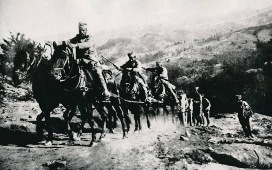 Bitka-na-Drini-Artiljerija-izlazi-na-Gucevo.jpg