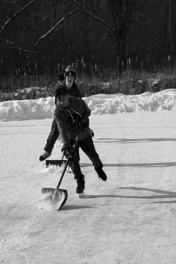 Kanadjniciste-sneg-na-zaledjnom-jezeru-3-Foto-Lazar-Petrovic.jpg
