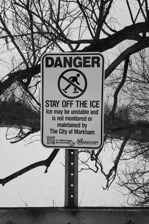 Upozorenje-zabranjeno-klizanje-4-Foto-Budislav-Bulatovic.jpg