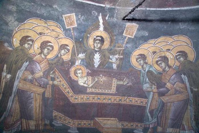 Nebeska-liturgija-Agnec-na-casnoj-trpezi-i-horovi-andjla-foto-fondacija-Blago.jpg