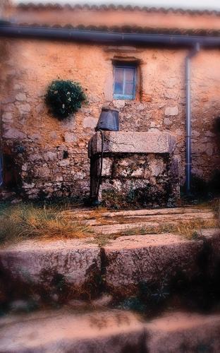 Lubneice_Blue window II